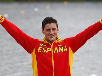 David Cal celebra su medalla de plata