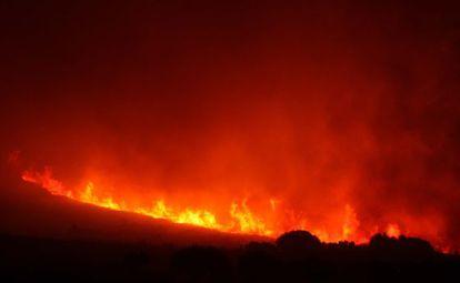 Incendio forestal cerca de Llers (Girona)