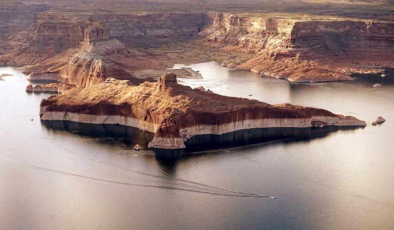 Il lago Powell in Arizona, utilizzato per fornire acqua alla California, nel settembre 2019.