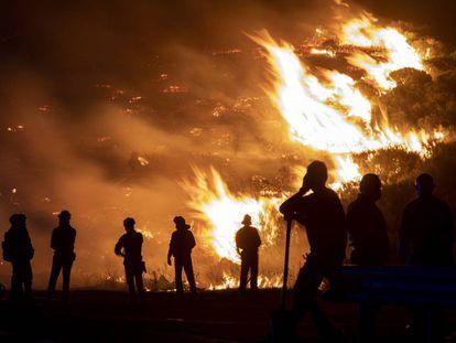 Incendio forestal en Navalacruz (Ávila).