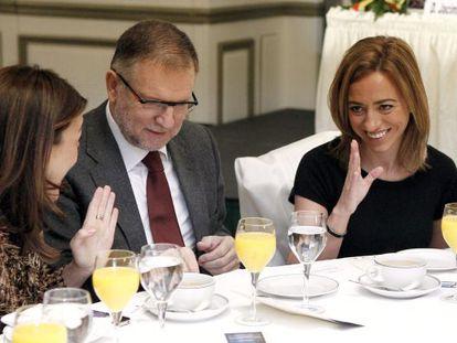 Chacón, junto a Soraya Rodríguez y Marcelino Iglesias en la presentación en Madrid de Pere Navarro.