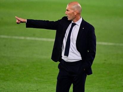 Zidane, en el Madrid-Valencia disputado en Valdebebas.