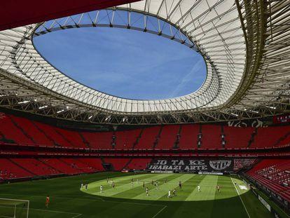 Un San Mamés casi vacío acogió el partido de Liga entre el Athletic y el Real Madrid meses atrás.