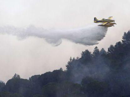 El centenar de vecinos desalojados por el incendio de Girona vuelven a casa