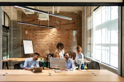 Hay un nuevo escenario laboral. Las necesidades de las empresas han cambiado, y con ellas los perfiles profesionales que demandan.