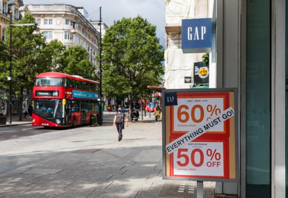 Tienda de la cadena textil estadounidense GAP en Oxford Street en Londres, el 6 de agosto.