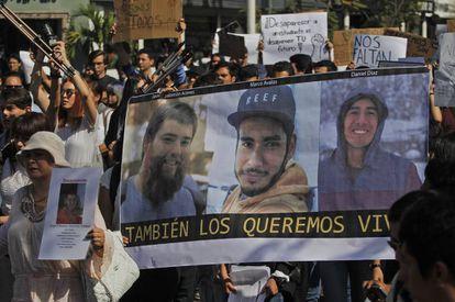 Una marcha por los estudiantes desaparecidos, en marzo.