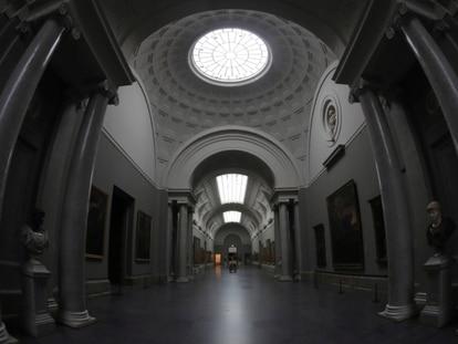 Galería central del Museo Nacional del Prado durante la fase cero de la crisis sanitaria.