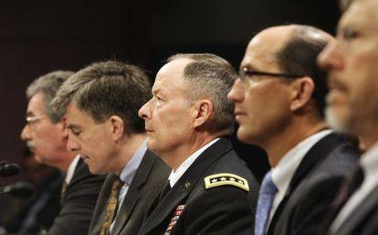 Los altos cargos de la inteligencia y del Departamento de Justicia de EE UU que han comparecido en el Congreso para hablar sobre el ciberespionaje.