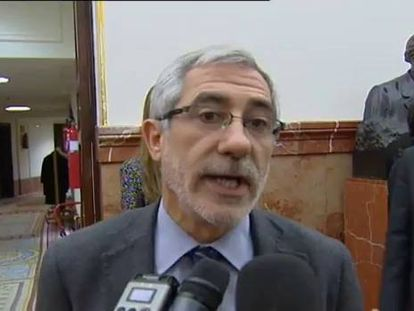 La policía no detendrá a los 20 cargos franquistas como pide Interpol