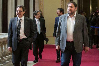 Mas y Junqueras en el Parlamento catalán.