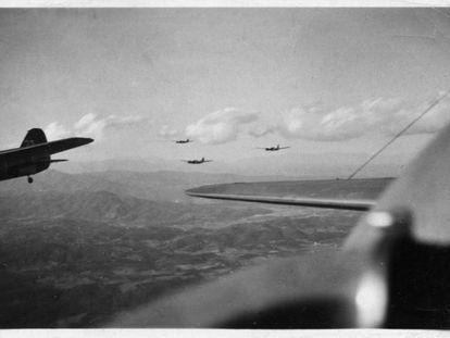 Una formación de bombarderos Katiuska en la Guerra Civil.