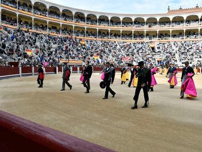 Paseíllo en la plaza de toros de Las Ventas.