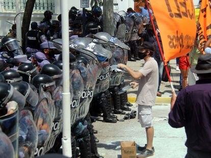Protestas contra las medidas impuestas por el gobernador Insfrán en Formosa, Argentina, el pasado 5 de marzo.