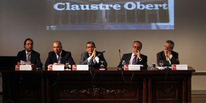 Soler, Pascual, Vela, Pérez y Torrent, en la mesa de Claustre Obert sobre financiación.
