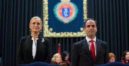 Javier Ramos y Cristina Cifuentes en la toma de posesión de este como rector de la URJC, hace un año.