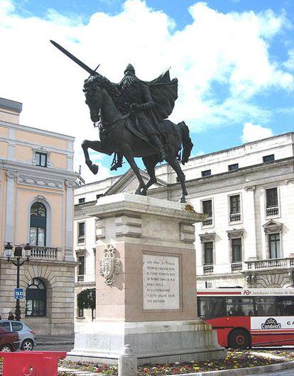 Estatua ecuestre del Cid Campeador en Burgos, obra de Juan Ávalos.