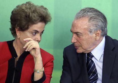 Dilma Rousseff y su actual enemigo político, el vicepresidente Michel Temer.