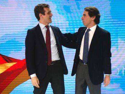 José María Aznar y Pablo Casado durante la convención del PP.