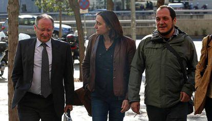 Joan Llinares (izquierda) el día de su declaración, como testigo, en el 'caso Palau'.