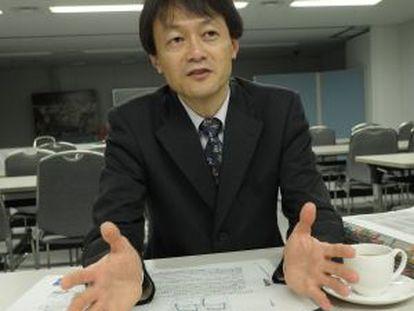 Teruaki Kobayashi.
