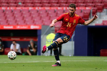 Aymeric Laporte, durante el partido amistoso ante Portugal que disputaron el viernes en el estadio Wanda Metropolitano de Madrid. EFE/Kiko Huesca