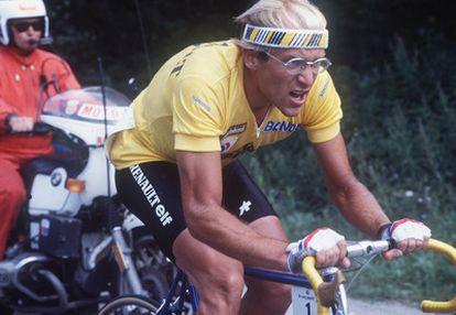 El ciclista francés Laurent Fignon ha muerto a los 50 años de edad por un cáncer intestinal. Fignon fue uno de los líderes del pelotón durante la década de los 80. En la imagen, el ciclista durante la etapa 18 del Tour de Francia, en 1984, carrera que terminaría conquistando, por segundo año consecutivo.