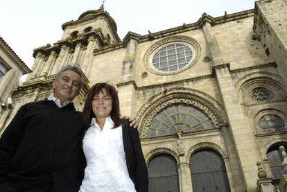 Gumersindo Meiriño, casado con María Benetti, en Cea, el lugar en el que nació y fue párroco tras 15 años en el seminario.