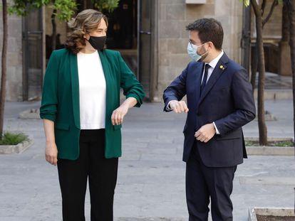 La alcaldesa de Barcelona, Ada Colau (izq.) yel president de la Generalitat,  Pere Aragonès (der.), en una imagen de archivo