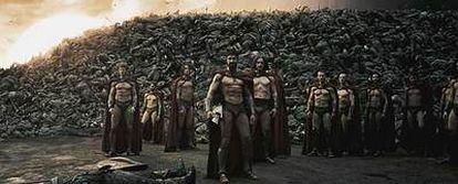 Fotograma del filme <i>300,</i> que recrea el enfrentamiento entre los espartanos y el Ejército persa.