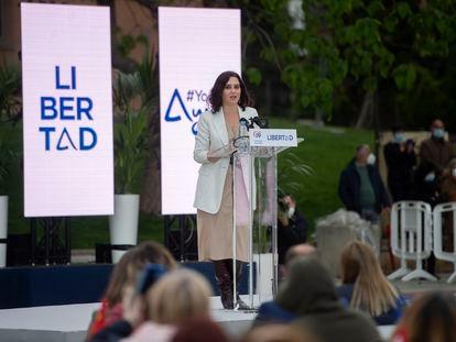 La presidenta de la Comunidad de Madrid y candidata a la reelección, Isabel Díaz Ayuso, durante un acto de campaña del partido en Leganés.