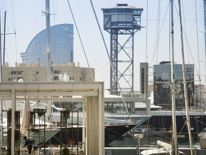 La marina de lujo del Port Vell en Barcelona.