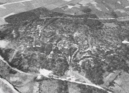 Imagen área del año 56 que sirvió de pista para identificar la mina