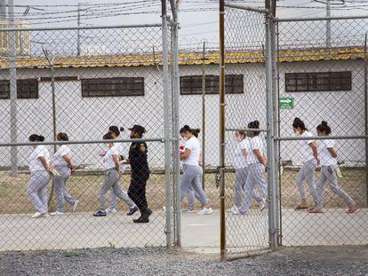 Mujeres presas en las instalaciones del Centro de Reinserción Femenil de Escobedo, Nuevo Leon, el 19 de mayo del 2021.