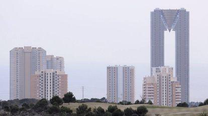 El edificio, InTempo, a la derecha, en Benidorm.