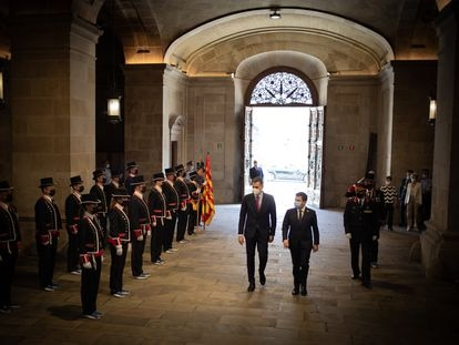 El presidente del Gobierno, Pedro Sánchez, y el de la Generalitat, Pere Aragonès, este miércoles en el Palau de la Generalitat.