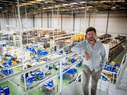 Roc Marro, responsable de comunicación de la empresa de componentes de automoción FAE.