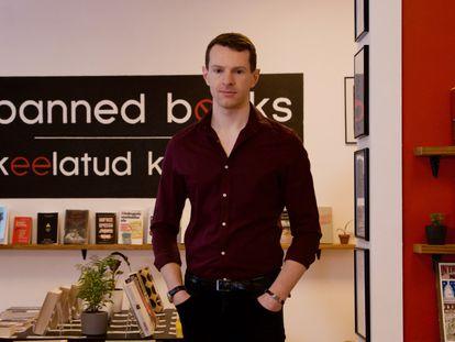 Joseph Dunningam, director del Museo de los Libros Prohibidos en Tallin, Estonia.