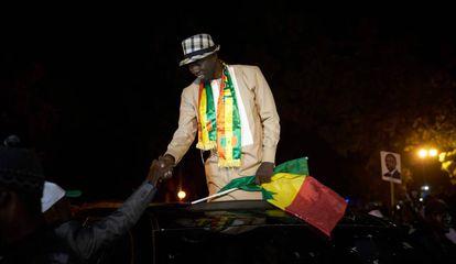 EL candidato a la presidencia de Senegal Ousmane Sonko durante un mitin el 20 de febrero de 2019 en Thies.