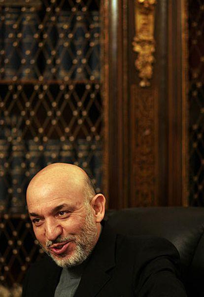 Hamid Karzai, en Kabul, durante la entrevista.