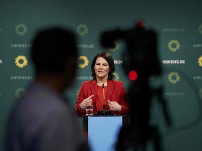 La candidata a canciller de Los Verdes, Annalena Baerbock, el pasado abril en Berlín.