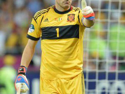 Casillas, durante la final de la Eurocopa ante Italia.