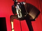 Grace Jones en una imagen promocional del disco I´ve seen that face before (Libertango)