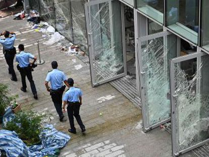 Pekín exige al Gobierno autónomo  restablecer el orden social lo antes posible