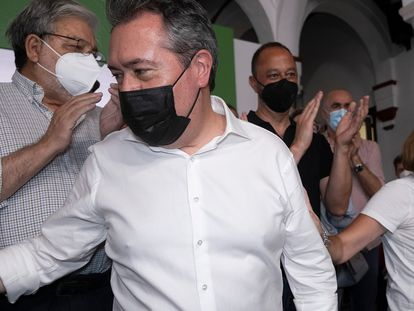 Juan Espadas y Susana Díaz el 13 de junio en la sede del PSOE de Andalucía tras la victoria del alcalde de Sevilla en las primarias a la Junta.