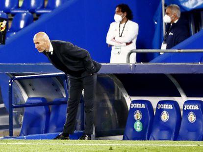 Zidane, durante el Getafe-Real Madrid.