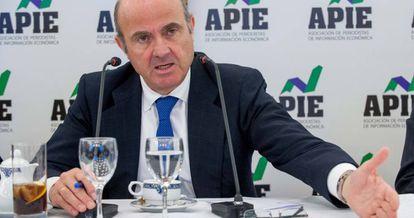 Luis de Guindos, durante las jornadas informativas de la Asociación de Periodistas de Información Económica (APIE).