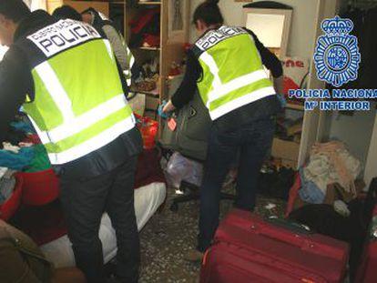 Las víctimas eran obligadas a trabajar con salarios bajos o como prostitutas en la región de Murcia