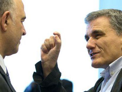 Los ministros de Economía acuerdan las medidas de alivio de la deuda griega para facilitar su vuelta a los mercados