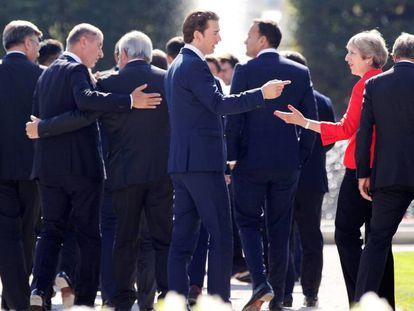 Foto de familia de la cumbre europea de Salzburgo (Austria).